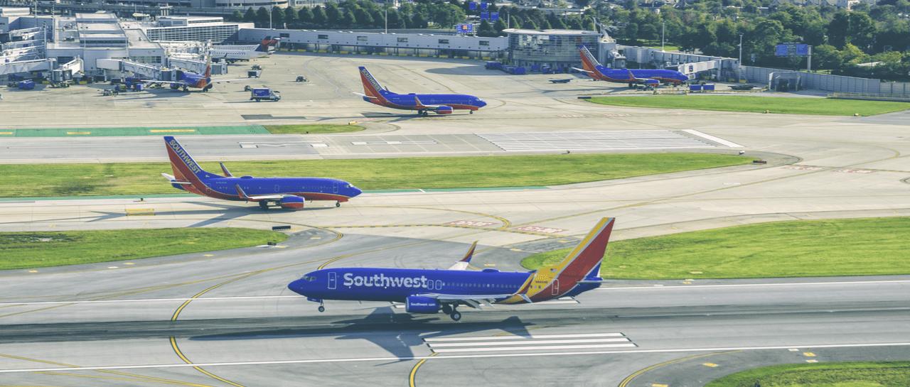 Resultado de imagen para southwest Boeing 737 png