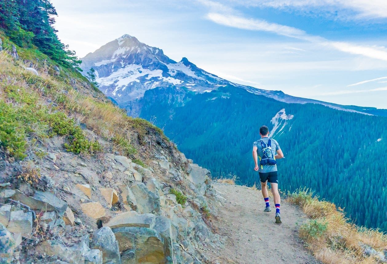 weight-loss-tips-running-on-mountain