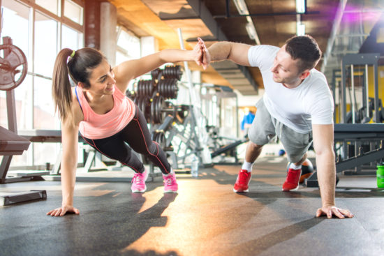 hang out with the right people for weight loss motivation