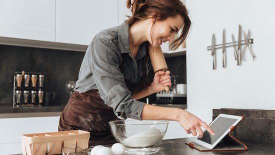 let go of past by cooking